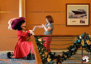 chris-wood-mouse-chat-disney-cruise