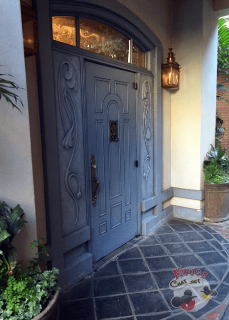 club-33-door-disneyland