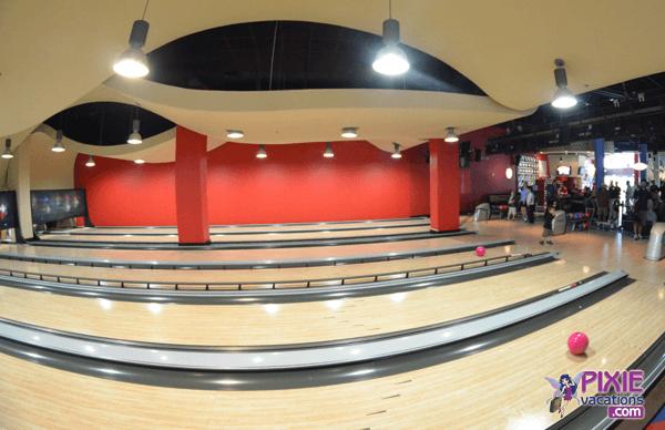 disney world splitsville bowling lanes