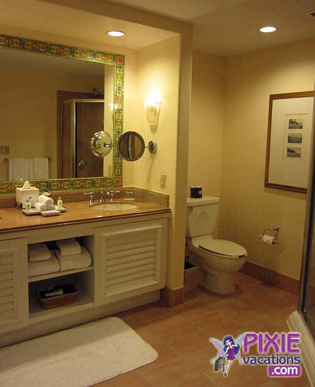 Loews Portofino Bay Hotel Bathroom