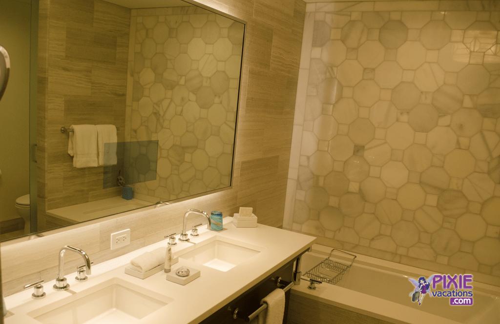 four-seasons-resort-orlando-bathroom-2