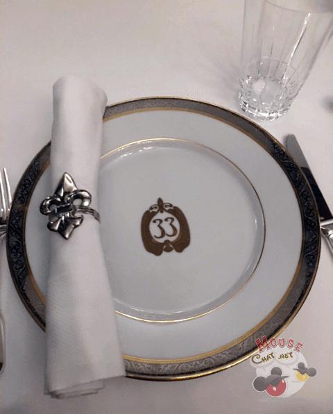 club-33-hidden-disneyland-restaurant