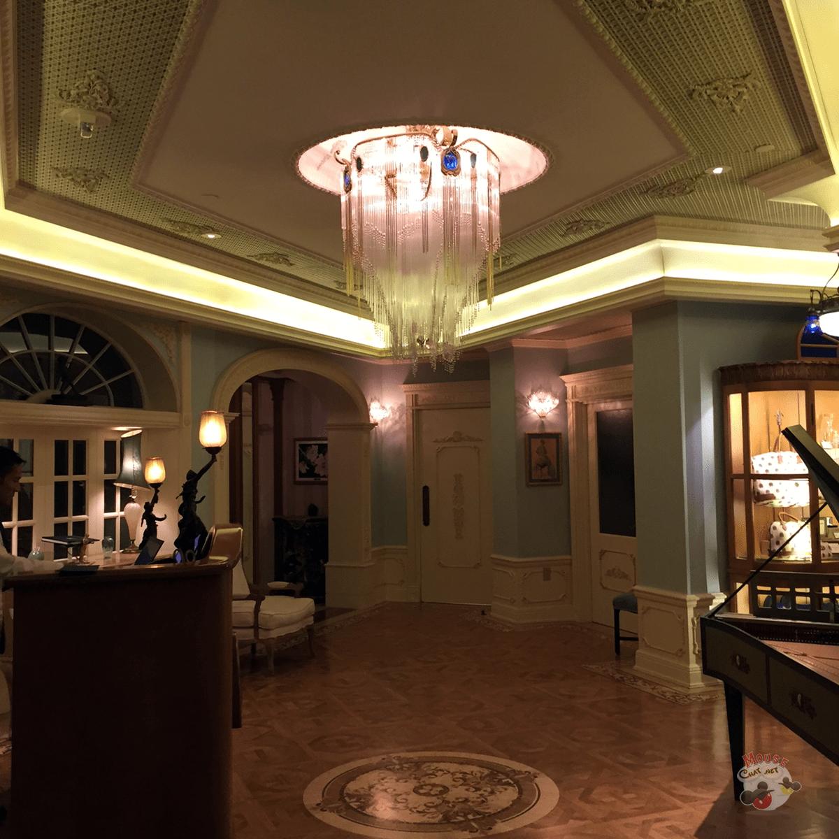 club-33-new-lobby-disney