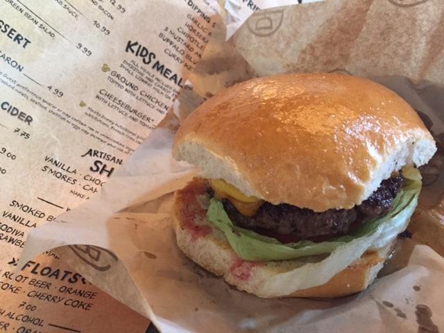 Burger Deluxe Disney Springs