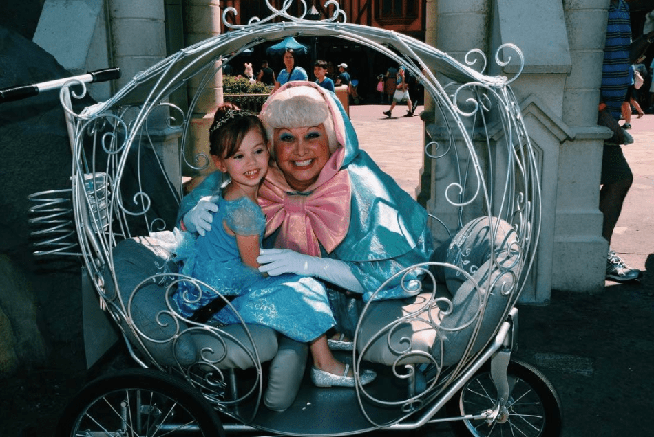 rent Cinderellas carriage stroller for your Disney World trip