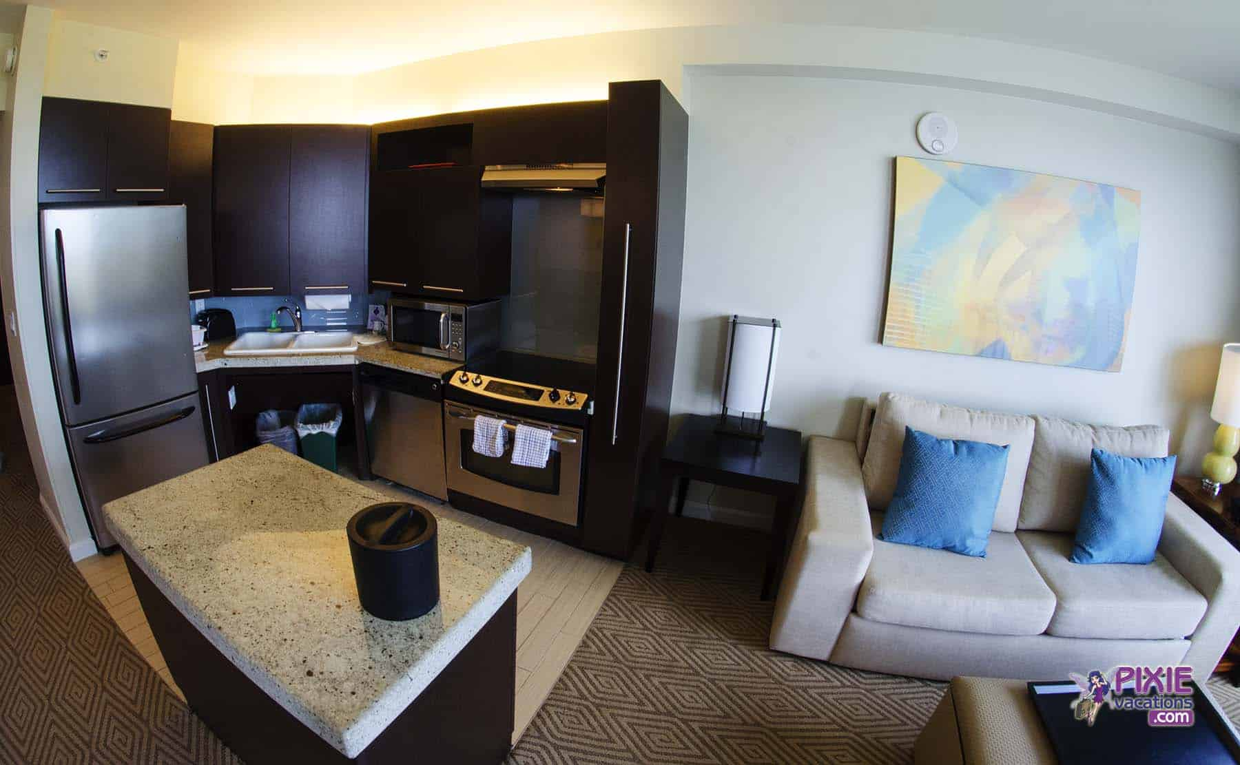 Disney S Contemporary Resort Amp Bay Lake Tower Review